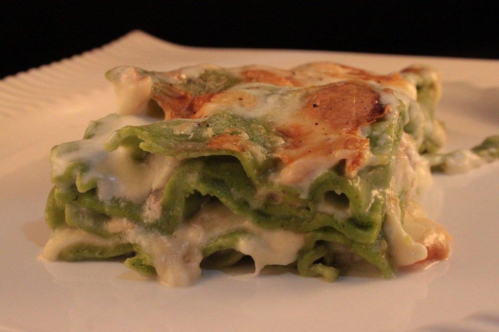 Lasagnetta verde con branzino e provola affumicata