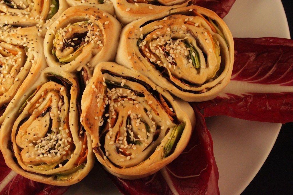 Rosa di zucchine, radicchio e carote