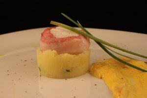 Scaloppa di rana pescatrice alle erbe e patate mantecate
